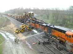 BNSF Train Wrecks | Photo Courtesy of the Red Oak Fire Department
