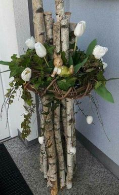 Decoration ideas – World of Flowers Creative Flower Arrangements, Christmas Flower Arrangements, Floral Arrangements, Altar Decorations, Christmas Decorations, Holiday Decor, Flowers Decoration, Bird Nest Craft, Arte Floral