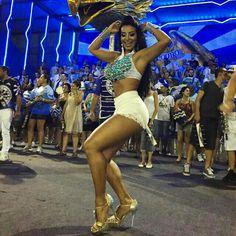 Venham voar com nossa #AguiaDeOuro  que deliciaaaa de ensaiooooooo #cinthiasantos #Carnavalsp #Carnaval2015 #Carnaval #Brasil #Japão #aguiadeouro @aguiadeouro #Rainhadaaguiadeouro #RAINHADABATERIA