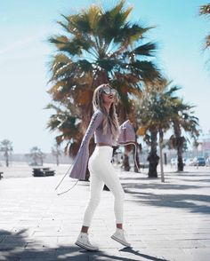 """4,242 tykkäystä, 50 kommenttia - Sofia Reis (@mexiquer) Instagramissa: """"Sunday out in the sun  wearing all @missguided #outfit #tropical #blogger #style #trend…"""""""