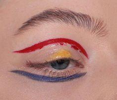 Bright eye make up, prime colours - Boore Nude Make Up, Professionelles Make Up, Makeup Inspo, Makeup Art, Hair Makeup, High Fashion Makeup, Fashion Fashion, Fashion Ideas, Wie Macht Man