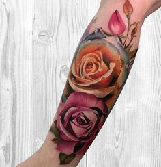 Feed Your Ink Addiction With 50 Of The Most Beautiful Rose Tattoo Designs For Men And Women - KickAss Things Flower Wrist Tattoos, Flower Tattoo Back, Body Art Tattoos, Sleeve Tattoos, Girl Tattoos, Tatoos, Foot Tattoos, Colorful Rose Tattoos, Tattoo Feminin