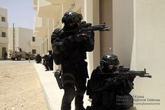 Republic Of Korea Army soldiers with the 707th Special Mission Battalion training in the United Arab Emirates.