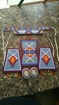 Ta'neeszahnii Designs Geometric beadwork Pow wow regalia Powwow Beadwork, Powwow Regalia, Indian Beadwork, Native Beadwork, Native American Beadwork, Beaded Jewelry Patterns, Beading Patterns, Beading Ideas, Owl Patterns