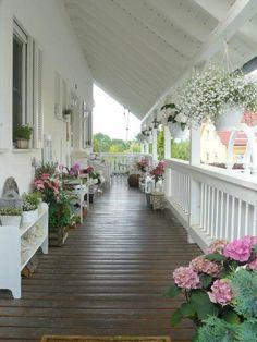 Prachtige witte veranda