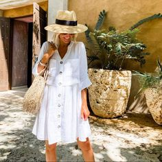 From cabanas to cocktails, the Addison Dress is a versatile vacation staple! 🌴 (Photo: @loverlygrey) #mudpiegift #influencerstyle #whitedress #womenscoverup #cabanatococktials #vacationdress Vacation Dresses, Day Dresses, Summer Dresses, White Button Up, Button Front Dress, How To Roll Sleeves, Women's Summer Fashion, Leggings Fashion, New Dress