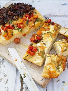 Three Flavour Focaccia by Jamie Oliver Easy Focaccia Bread Recipe, Bread Recipes, Chicken Recipes, Jamie Oliver, Califlower Recipes, Balsamic Onions, Garlic Roasted Broccoli, A Food, Food And Drink