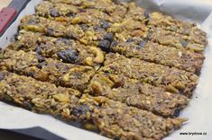 Semínkový chléb bez mouky | brydova.cz Banana Bread, Paleo, Cookies, Sweet, Foods, Diet, Crack Crackers, Candy, Food Food