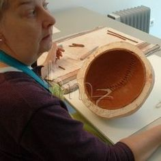 I am an artist and make abstract, sculptural ceramics. You can see the results of what I make in another article, but here I want to show you. Artwork Online, Lenses, Sculpture, Ceramics, Abstract, Tips, Artist, Ceramica, Summary
