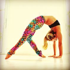 Kino Yoga in leggings by K.deer Haute yoga