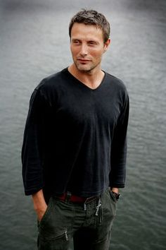 mads mikkelsen - I find myself blushing just looking at this pic. I am not the type to flirt ridiculously in the presence of a beautiful man. I just become very quiet, staring  from across the room. If said beautiful man were to ever notice, I think I would have to excuse myself from the room lol. Wish I wasn't so shy sometimes. *sigh* such is life