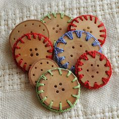 Clever. Crocheted buttons.