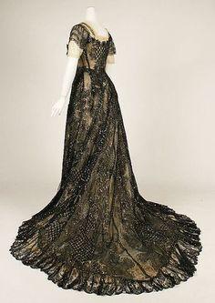 Evening dress ca. 1906-1908 via The Costume Institute of the Metropolitan Museum of Art