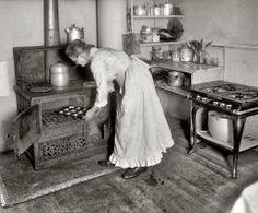 Granny's Kitchen, 1917
