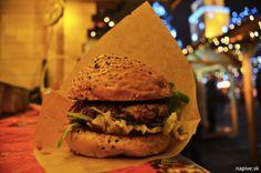 Adventné trhy v Trnave | Na pive Hamburger, Ethnic Recipes, Food, Essen, Burgers, Meals, Yemek, Eten