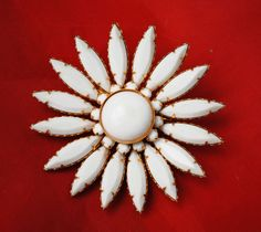 White Flower brooch - lucite gold tone - mid century - floral pin