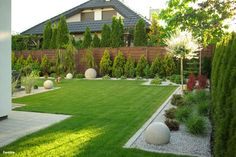 House in Amaryllis - garden design ideas - Gartengestaltung Vorgarten - Backyard Garden Design, Garden Landscape Design, Small Garden Design, Back Gardens, Outdoor Gardens, Front Yard Landscaping, Landscaping Ideas, Dream Garden, Garden Inspiration