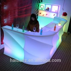 Professional salon furniture Waterproof LED Cube Chair lighting&LED Mood Light chair and table hb7005