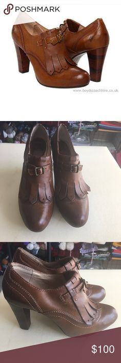 Frye Miranda kiltie oxford♥️ Great condition sz 6.5 Frye Shoes Ankle Boots & Booties