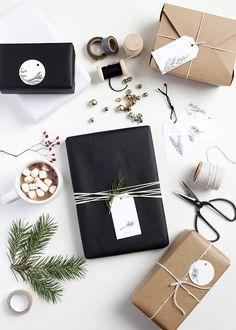 Printable Christmas Gift Tags @jennihaikonen for @themerrythought