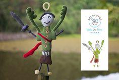 Somos os Bololofos, bonecos de pano feitos a partir de desenhos de crianças. Graziella Poffo www.grazipoffo.com #brinquedos #bonecos #criancas #desenhos #desenhoinfantil #handmade