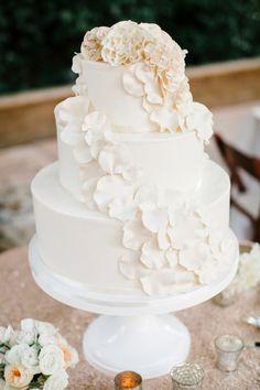 Cake heaven! http://www.stylemepretty.com/california-weddings/los-olivos/2015/02/24/romantic-winery-wedding/ | Photography: Josh Elliott - http://joshelliottstudios.com/
