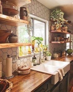 Finden Sie Andere Ideen: Küchenarbeitsplatten, Die Auf Einem Etat Kleine Küche  Umgestalten