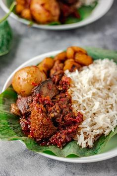 Ofada stew with boiled eggs! This stew is the fraternal twin of ayamase. Nigerian Soup Recipe, Nigerian Food, Vegetable Oil Substitute, Roasted Peppers, Easy Weeknight Dinners, Chicken Seasoning, Mediterranean Recipes, International Recipes, Stew