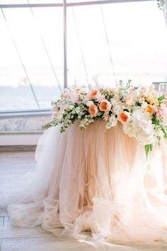 image 3 brauttisch, Whole Sale Peach Tulle Chiffon Table Skirt Bridal Table, Wedding Table, Wedding Reception, Elegant Wedding, Sweet Heart Table Wedding, Wedding Ideas, Decor Wedding, Garden Wedding, Wedding Details