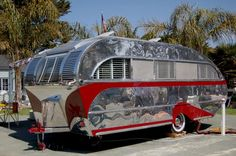 Wow! Look at that shiny exterior! This 1947 Aero Flite Trailer sure is a sight to see! #trailer #vintage #retro