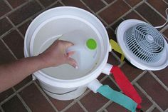 Portable Bucket AC--so need to make this for my bedroom...