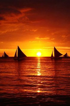 Boracay Sunset, Philippines... so beautiful and peaceful