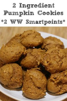 These 2 Ingredient Pumpkin Cookies are a quick and easy healthy dessert to whip up for the holidays! They are great to have for potlucks and to snack on as well. Plus at only 2 Weight Watchers points they make a great little treat to have as well. Weight Watcher Cookies, Weight Watchers Pumpkin, Weight Watchers Snacks, Weight Watchers Brownies, Weight Watchers Points Plus, Ww Desserts, Dessert Recipes, Healthy Desserts, Ww Recipes