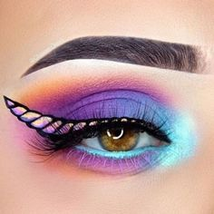 41 Unicorn Halloween Makeup Ideas Perfect for 2018 – Glamour Loading. 41 Unicorn Halloween Makeup Ideas Perfect for 2018 – Glamour Eye Makeup Art, Cute Makeup, Gorgeous Makeup, Awesome Makeup, Easy Makeup, Perfect Makeup, Eye Shadow Makeup, Diy Makeup Looks, Eye Makeup Designs