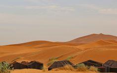 Le dune dell'Erg Chebbi e le tende berbere