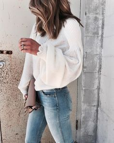 "6,156 Likes, 94 Comments - Becky Hillyard // Cella Jane (@cellajaneblog) on Instagram: ""Sweater weather coming soon...Love the slouchy exaggerated sleeves on this soft pullover. Details…"""