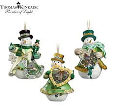Hand-painted snowmen boast Kinkade cottage scenes, accessories with Celtic designs. Insert Christmas lights into bases to watch them glow. Christmas In Ireland, Celtic Christmas, Gold Christmas Tree, Very Merry Christmas, Christmas Colors, Christmas Themes, Christmas Tree Ornaments, Christmas Gifts, Christmas Decorations
