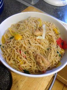 Vicki-Kitchen: Hoisin chicken noodles (slimming world friendly)