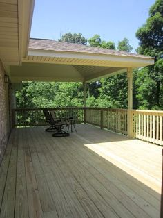 Outdoor Deck Ideas – As soon as you finished design the interior of the house, you will start planning the layout of house outside area. Outdoor deck idea is one . Read More 29 Beautiful DIY Exotic Wood Deck Designs you can do yourself for your home Deck Pergola, Pergola Metal, Pergola Shade, Patio Roof, Pergola Plans, Backyard Patio, Patio Decks, Pergola Ideas, Metal Roof