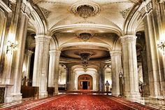 #Palatul Parlamentului din #București, este fabulos, la exterior cât și la interior!