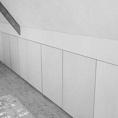 Strake #knieschot betimmering opgeleverd in #tilburg. #interieurbouw door #intia #zolder #meubelmaker #breda #berkelenschot #oisterwijk