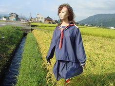 16個「根本不是用來趕走烏鴉而是用來嚇死人的」的日本各地奇形怪狀稻草人。% 照片