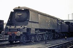 34002 SALISBURY at Nine Elms