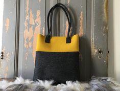 Bag HYNDER ... #tote handmade of 100% #wool #felt #shoulder #bag Combination black and Ocher!!