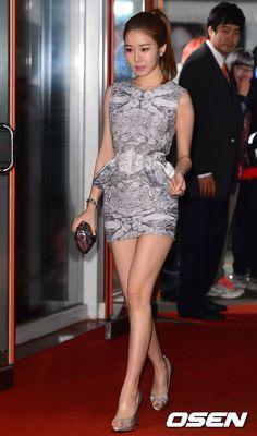15日の午後、ソウル芳夷洞(バンイドン)オリンピック公園のオリンピックホールで行われた第8回「2013アジアモデル賞授賞式」で、女優ユ・インナがステージに上がっている。「アジアモデル賞授賞式」は、ア… - 韓流・韓国芸能ニュースはKstyle
