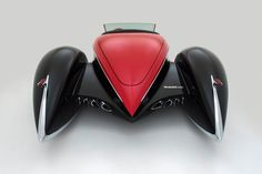Bugnauthy: Maritime Gene: Für das Heck des Autos hat sich Terry Cook vom Auburn Boat-Tail Speedster inspirieren lassen.