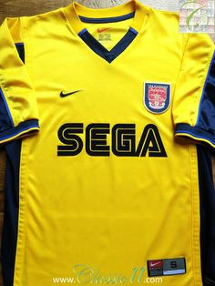 Relive Arsenal s 1999 2000 season with this vintage Nike away football shirt.  Arsenal Football 3fe1975a3