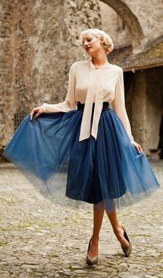 Tül Etek Modelleri #moda #fashion #tuletekmodelleri http://www.modapars.com/tul-etek-modelleri