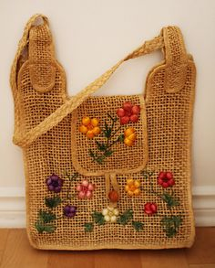 Foral Straw Bag.