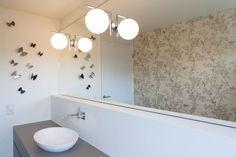 Restroom with chineoiserie Best Interior, Alcove, Bathtub, Interiors, Bathroom, Color, Nice Asses, Standing Bath, Washroom